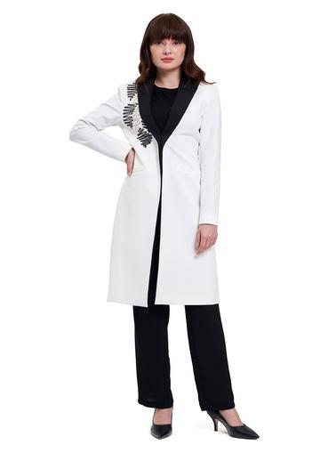 Mizalle Mızalle Nakış Detaylı Tasarım Ceket  Beyaz
